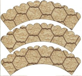 chicken wire scalloped wrappers.jpg