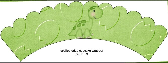 Scalloped Cupcake Wrapper Green1.jpg