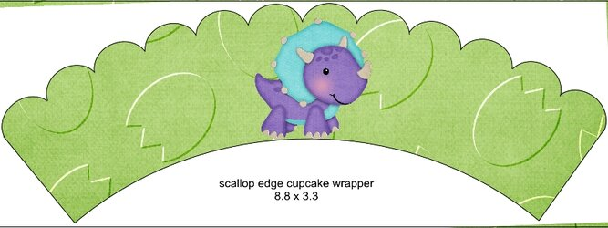 Scalloped Cupcake Wrapper Green2.jpg