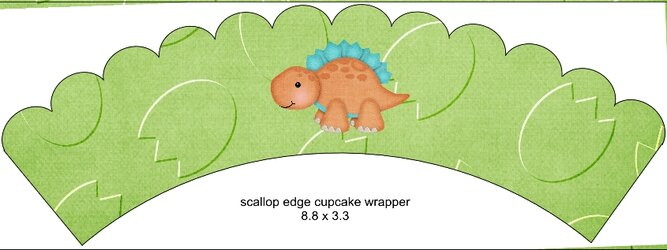 Scalloped Cupcake Wrapper Green4.jpg
